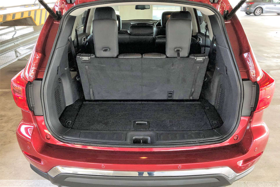 Standard boot space is 453L...