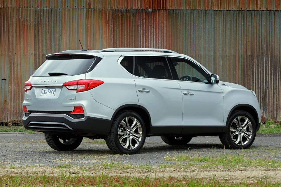 It's all rather generic looking and inoffensive, but that's what SUV buyers love.