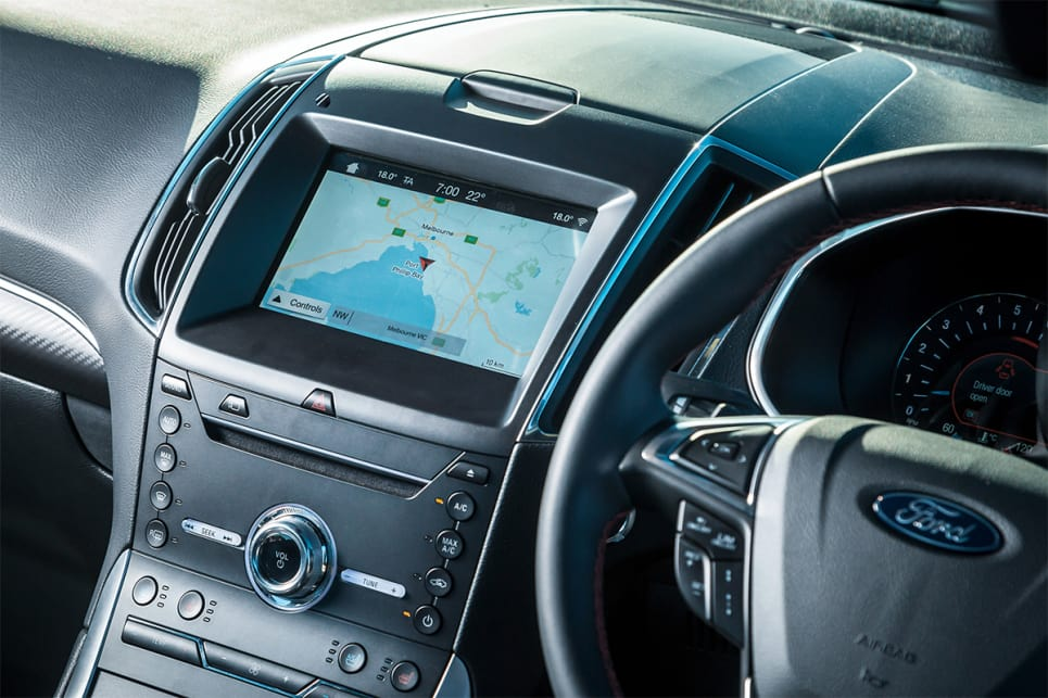 The Endura comes with an 8.0-inch media screen, with Sync 3, sat nav, Apple CarPlay, and Android Auto.