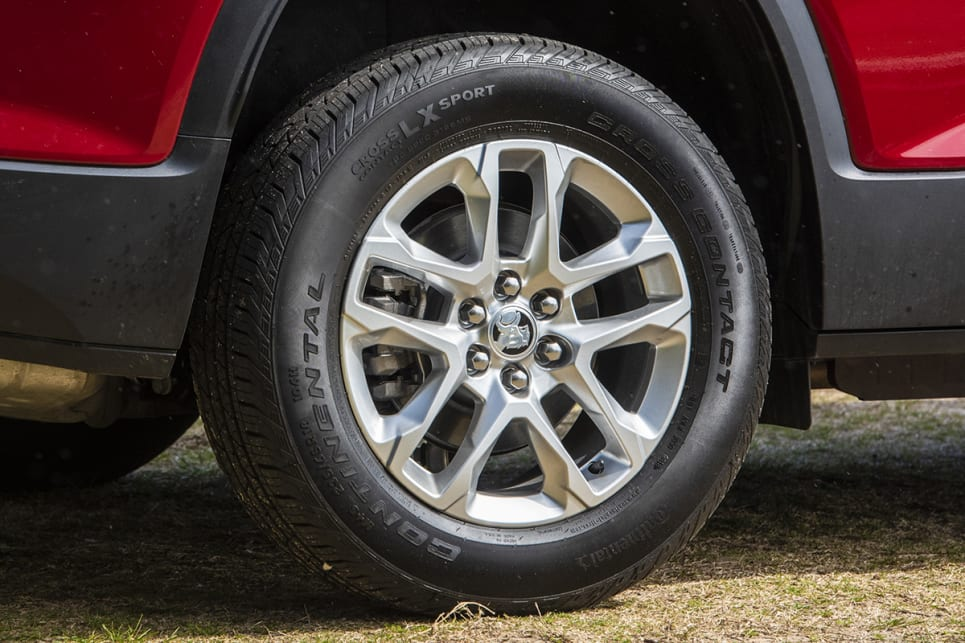 The Acadia LT scores 18-inch alloy wheels.