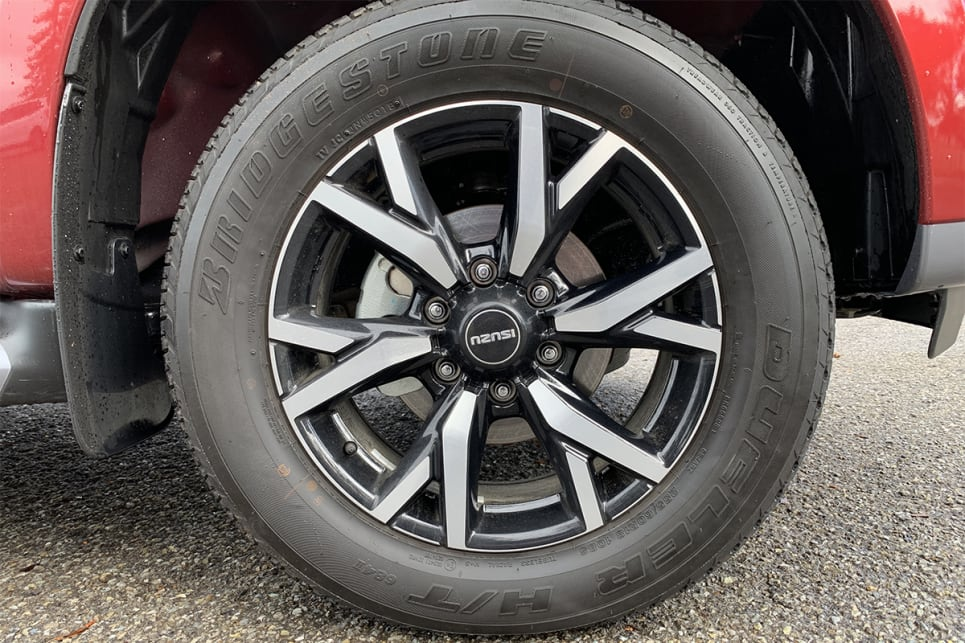 The LS-T spec level comes with 18-inch alloy wheels.