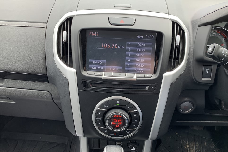 The LS-T gets the bigger 8.0-inch screen with sat nav.