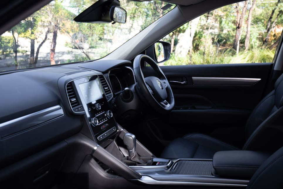 The front seats are very spacious, it's nice and breezy and there is no cramped feeling.