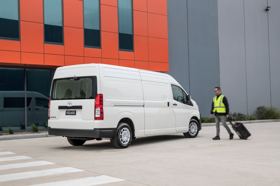 Toyota HiAce 2019 review | CarsGuide
