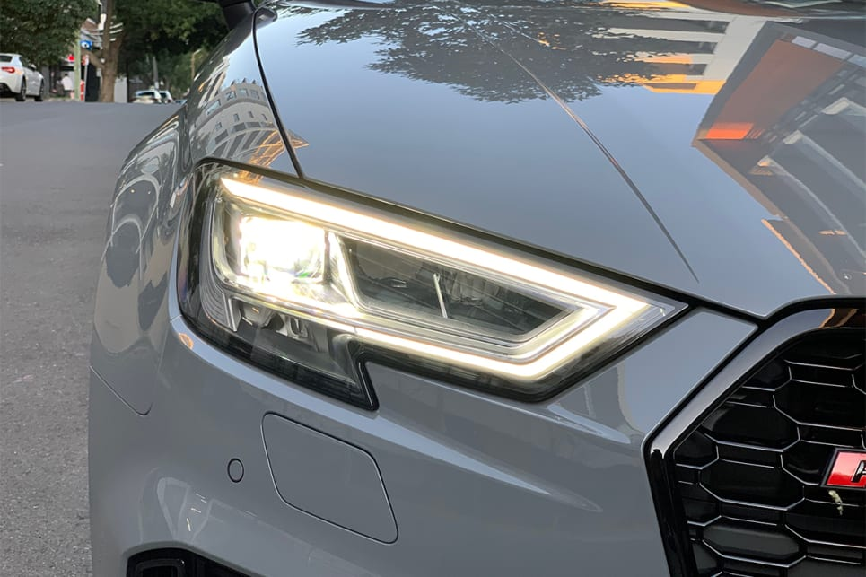 Standard are LED headlights and LED daytime running lights.