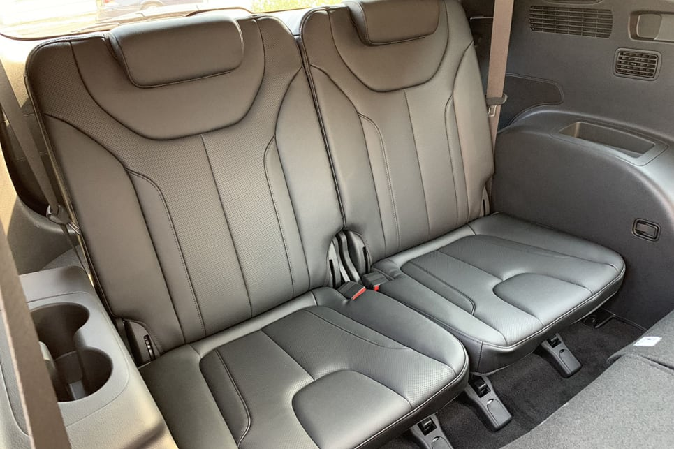hyundai santa fe review for sale price colours interior specs carsguide hyundai santa fe review for sale