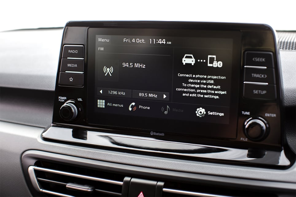 The 8.0-inch touchscreen comes with Apple CarPlay and Android Auto. (Seltos S model shown)