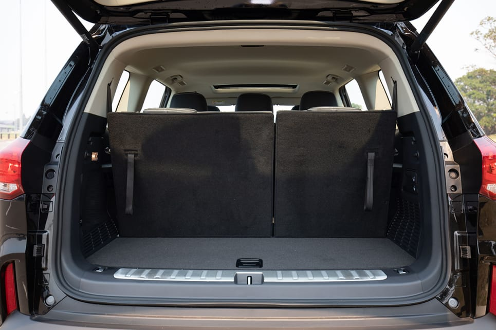 The LDV's boot is also huge - with the back row down it's a whopping 1350L. (image: Dean McCartney)