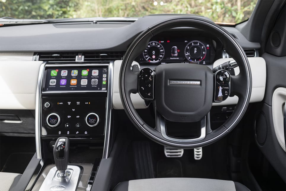 In terms of up-front cabin comfort the Discovery has a lavishly appointed dash trim with almost every surface, including down near your knees, being a padded material. (image: Tom White)