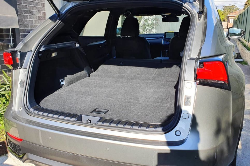 This can expand to 1520L with the rear seats folded down.