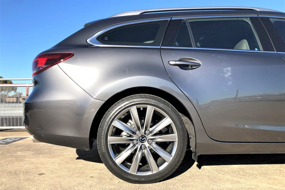 The Atenza is the king of the Mazda6 range and of course commands the biggest list price of $51,190. (image: Richard Berry)