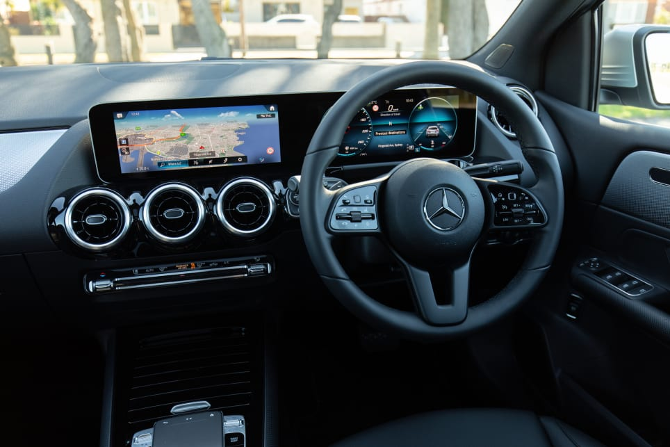 The interior of the B180 features a completely digitalised dash.