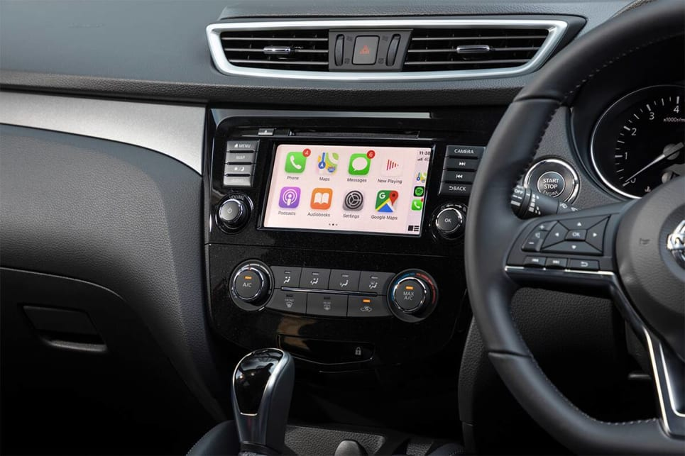 The 7.0-inch touchscreen comes with Apple CarPlay and Android Auto.