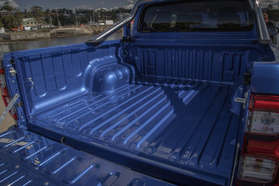 The HiLux tray measures in at 1569mm long, 1645mm wide and 470mm deep.