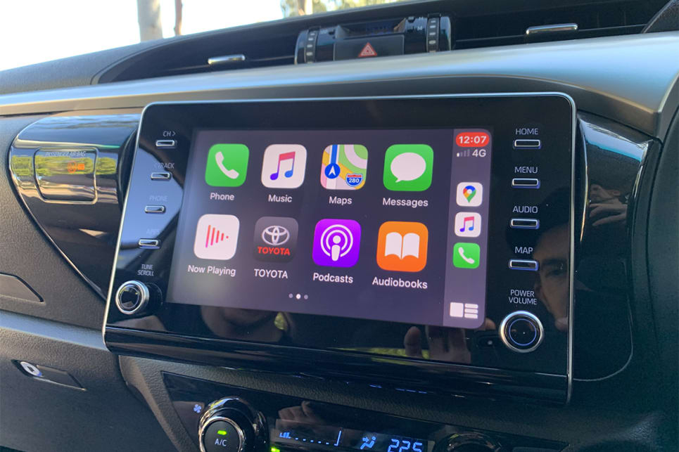 The HiLux now has a an 8.0-inch touchscreen with Apple CarPlay and Android Auto.