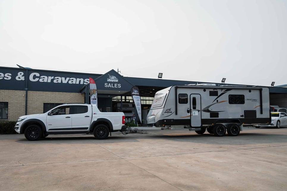 For our towing loop, we borrowed a Jayco Journey Outback (model no: 21.66-3) from our good mates at Jayco Nowra.