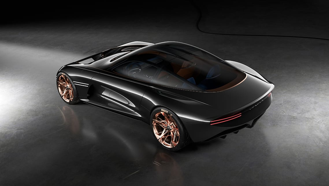 The Genesis Essentia concept integrates Athletic Elegance and Genesis DNA as defining parameters.