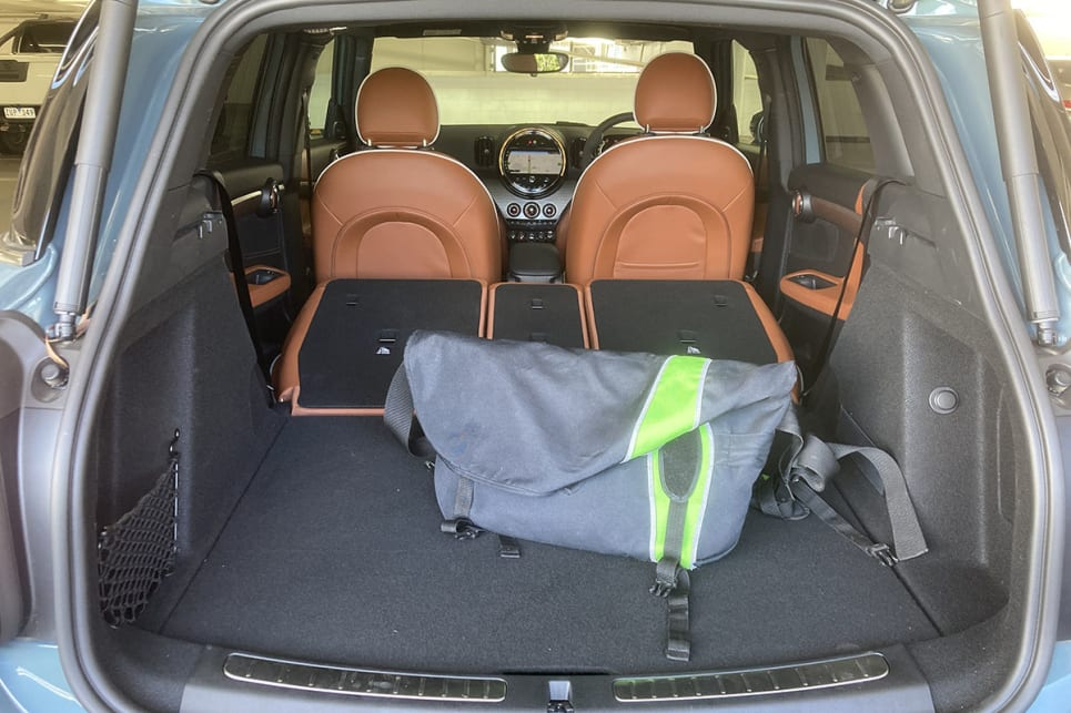 That's expandable via those sliding and reclining rear seats, as well as a sizeable under-floor storage compartment.