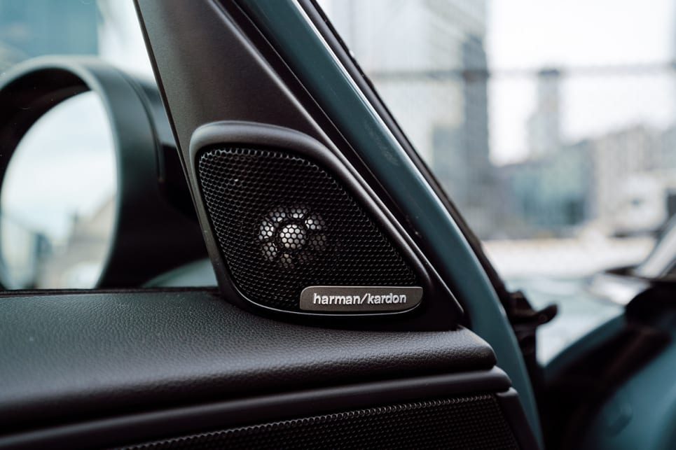 The Signature variant has a Harman Kardon HiFi Sound System with 12 speakers.