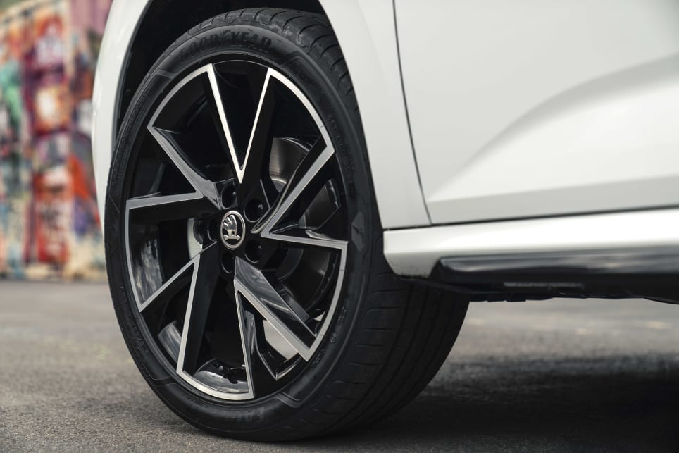 The 110 TSI Monte Carlo has 18-inch back alloys.