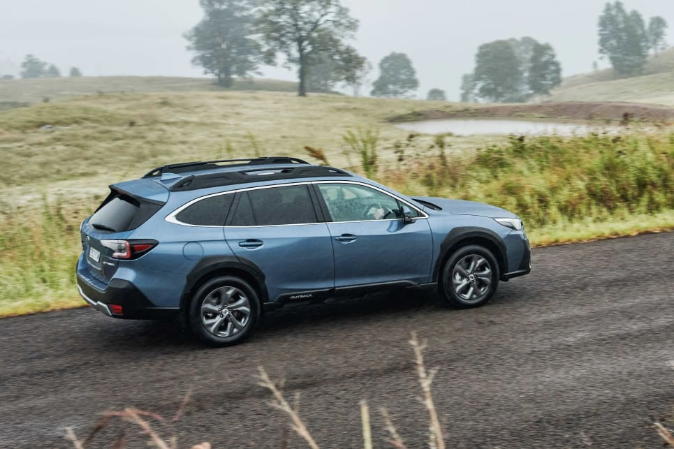 If you've driven a previous-generation Outback, you're not going to feel like this is unfamiliar territory (image: AWD).
