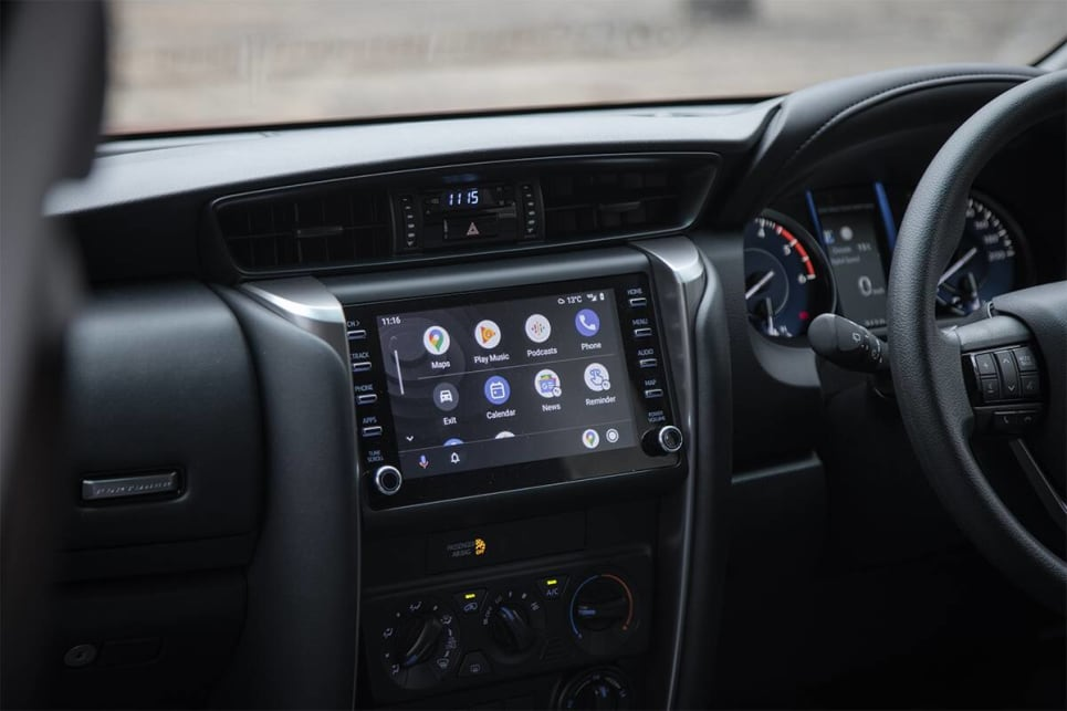 The new 8.0-inch multimedia system is an 1.0-inch than the old one and now features Apple Carplay plus Android Auto. (image credit: Glen Sullivan)