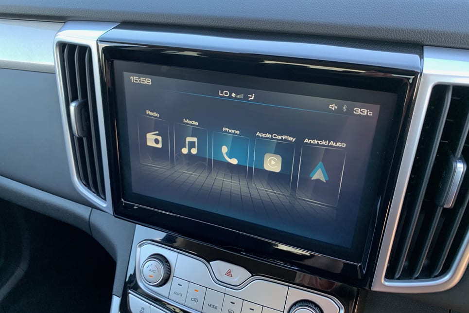 Inside is a 9.0-inch touchscreen media system with Apple CarPlay and Android Auto. (Cannon L variant pictured)