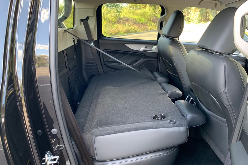 The back seat adds a 60:40 split fold setup. (Cannon L variant pictured)