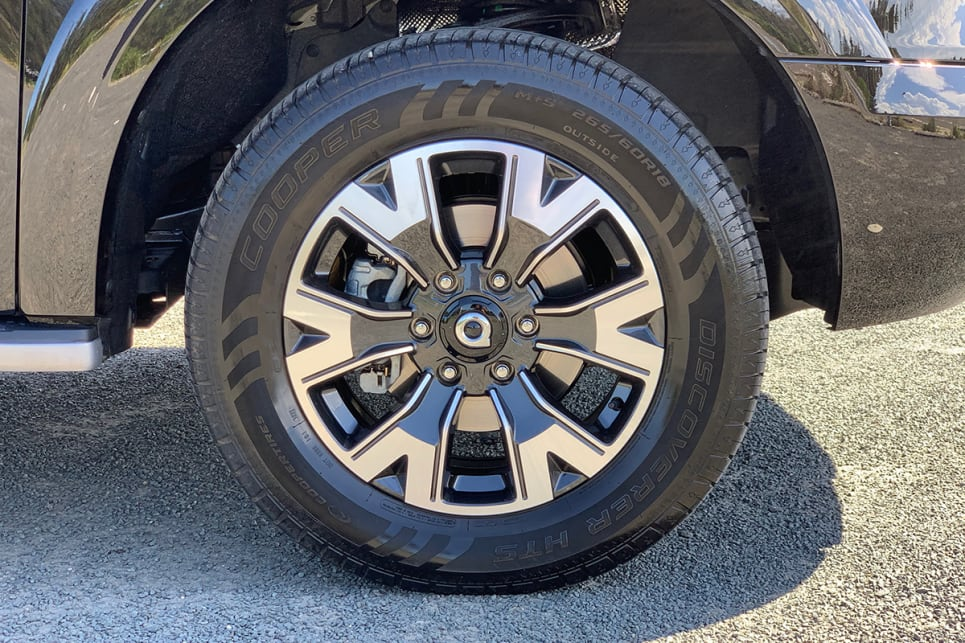 "The Cannon L wears ""premium"" 18-inch alloy wheels. (Cannon L variant pictured)"