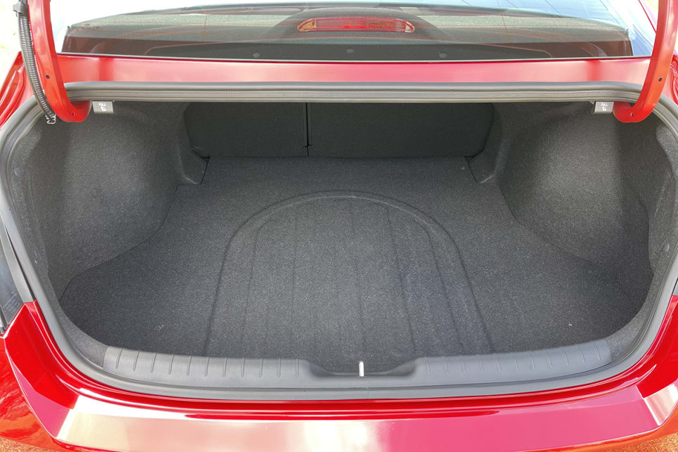 Boot space is rated at  474 litres with the rear seats in place.