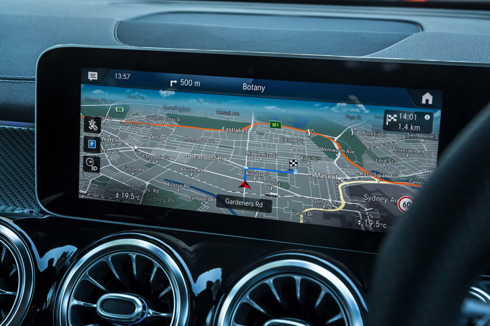 The media system has satellite navigation with live traffic.
