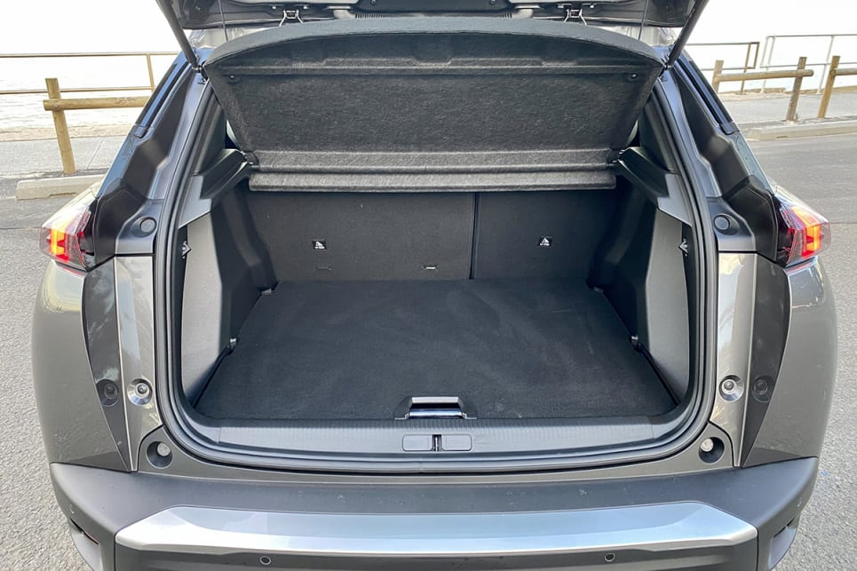 The boot offers 434 litres of space.