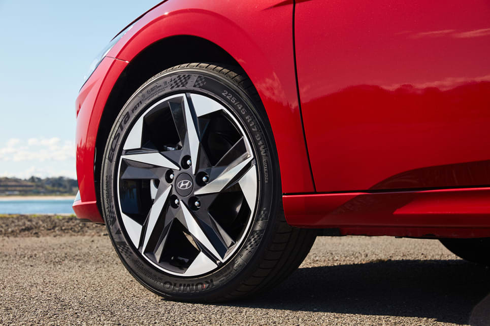 The Active and Elite both wear 17-inch alloy wheels. (Active variant pictured)