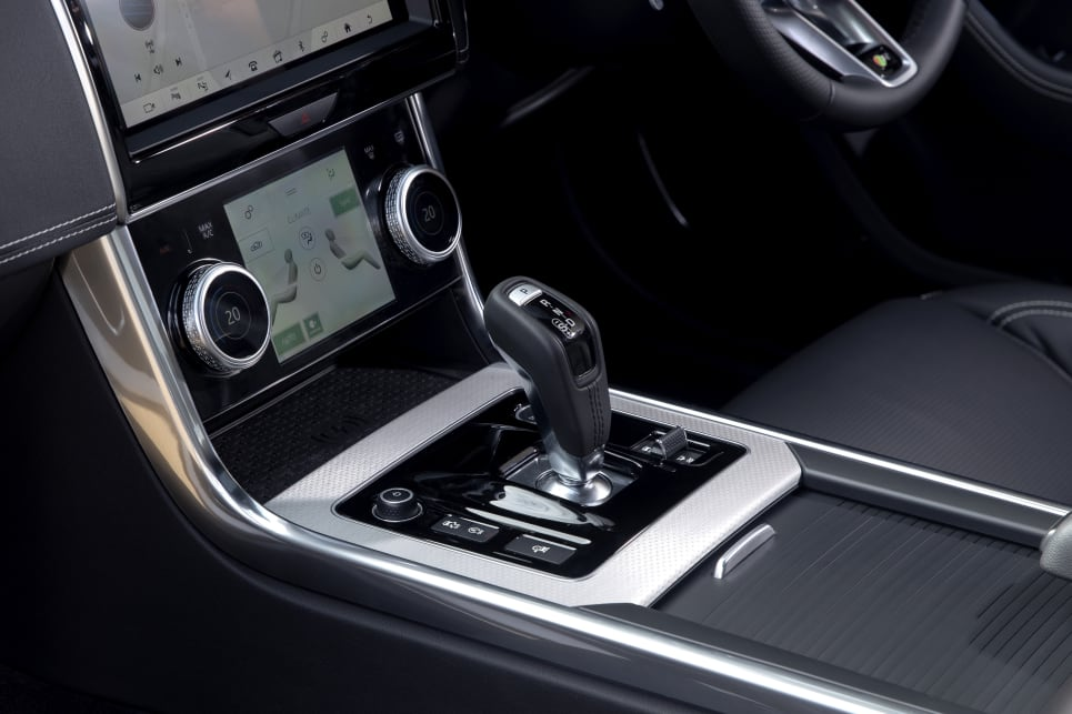 The HSE grade adds more standard features such as a second touchscreen