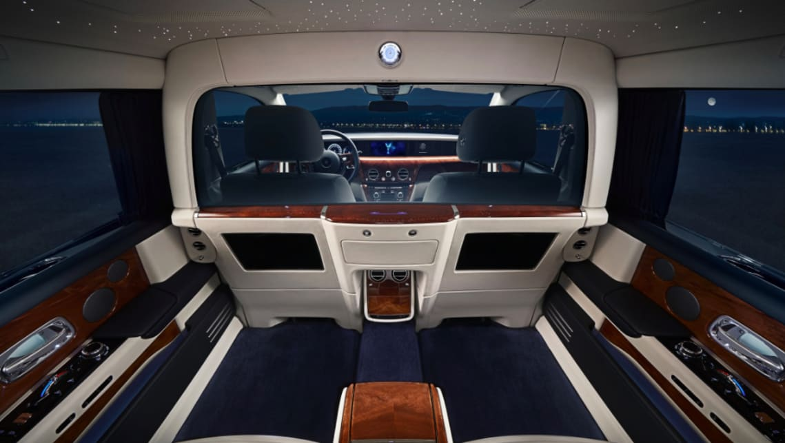 "Rolls-Royce Phantom 2019 introduces ridiculously opulent ""privacy suite"""