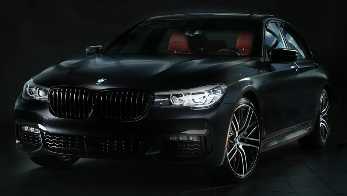 BMW M Performanced-optioned 7 Series