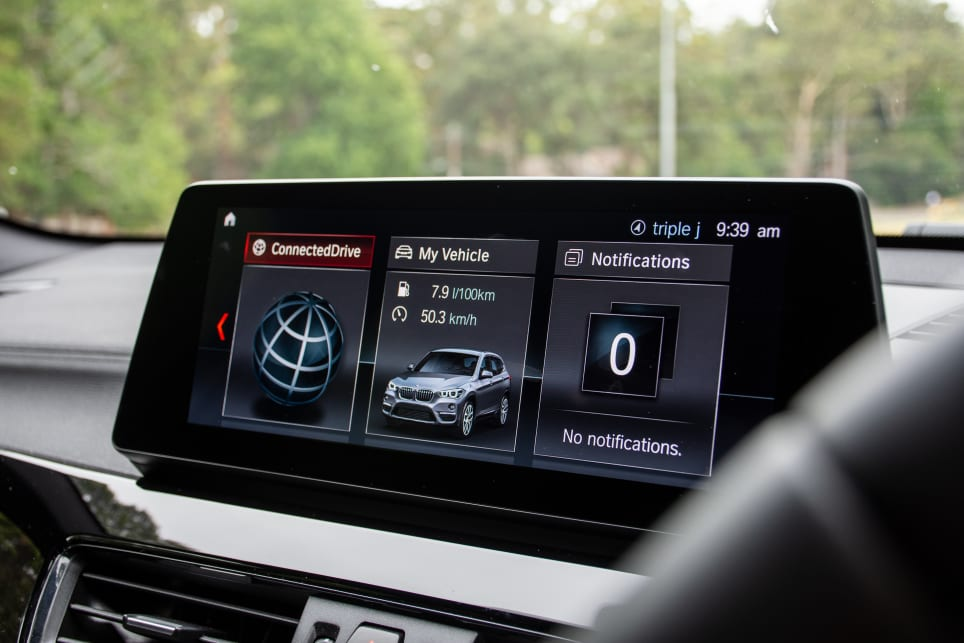 There's an impressive-looking 10.25-inch multimedia touchscreen with sat-nav as well as Apple CarPlay.