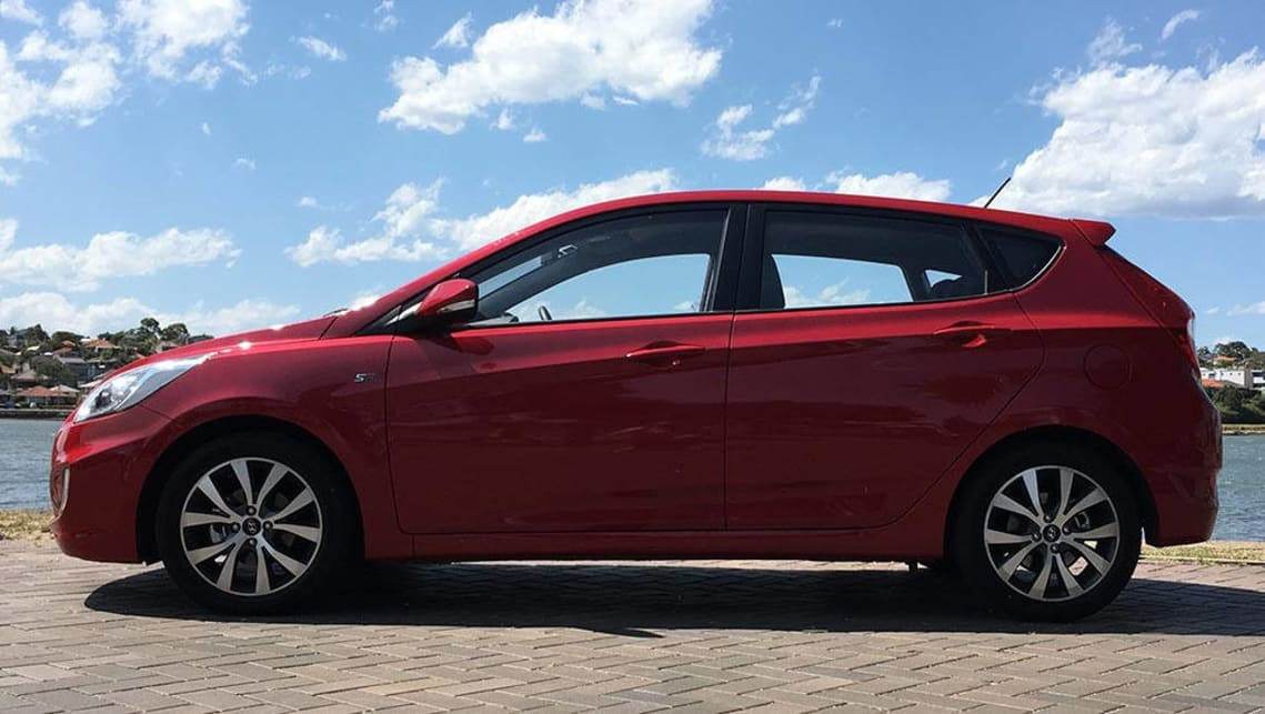 Hyundai Accent SR 2017 review | CarsGuide