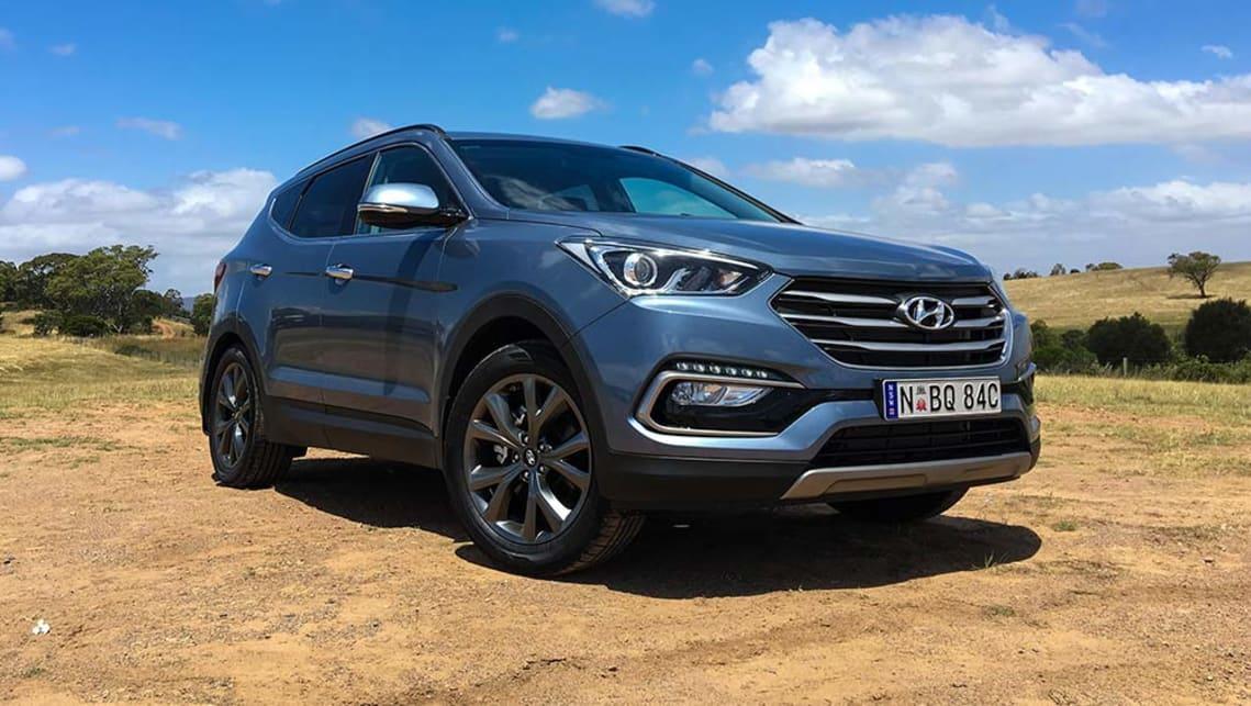 Hyundai Santa Fe 30 Special Edition V6 2017 review | CarsGuide