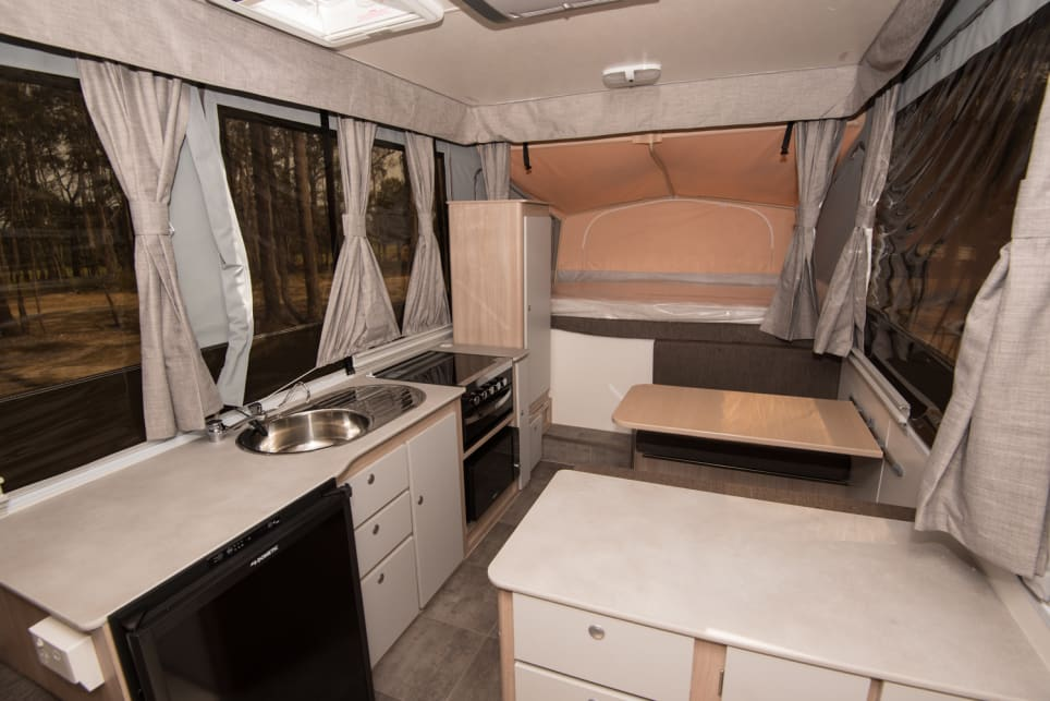 Eagle Cars Reading >> Jayco Swan Outback 2018 review | CarsGuide