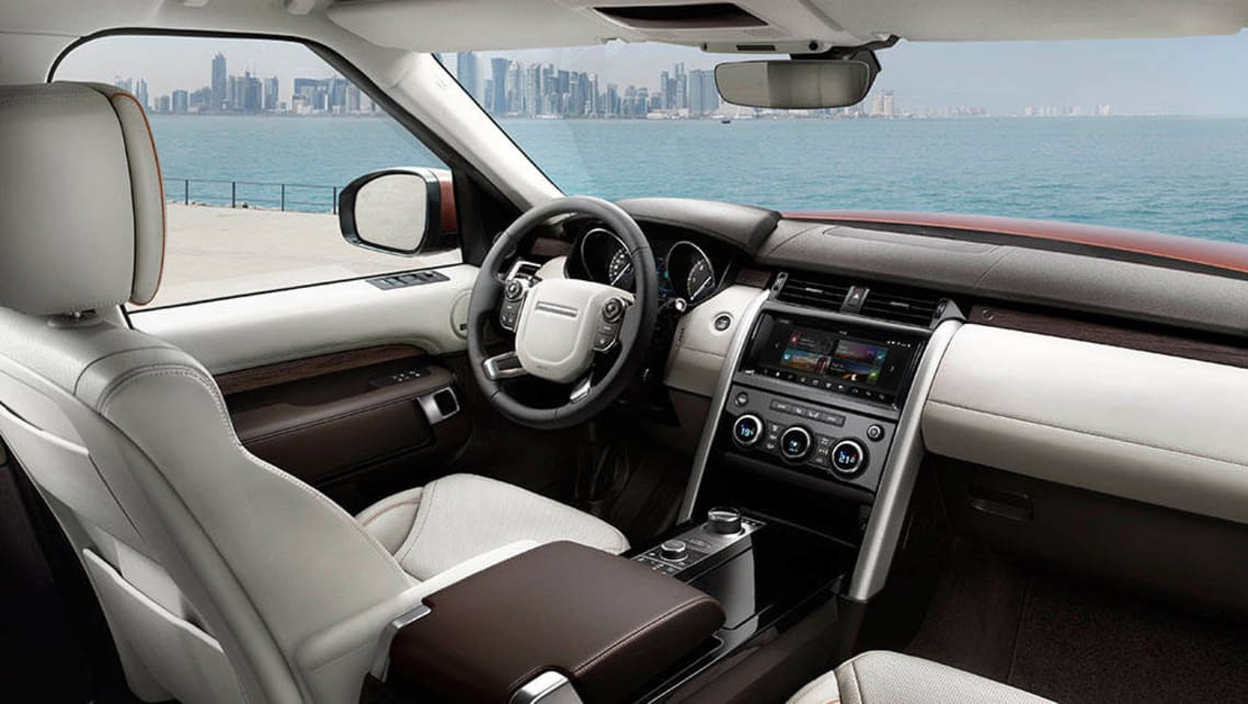 2017 Land Rover Discovery dash design.