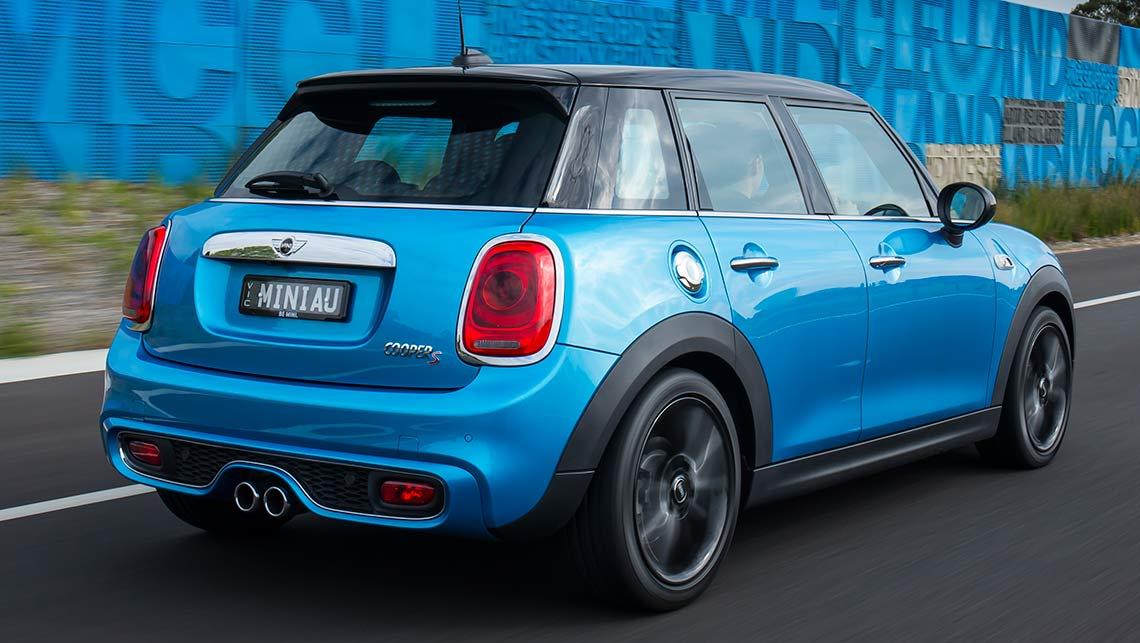 5 Door Car >> Mini Cooper 5 Door 2015 Review Carsguide