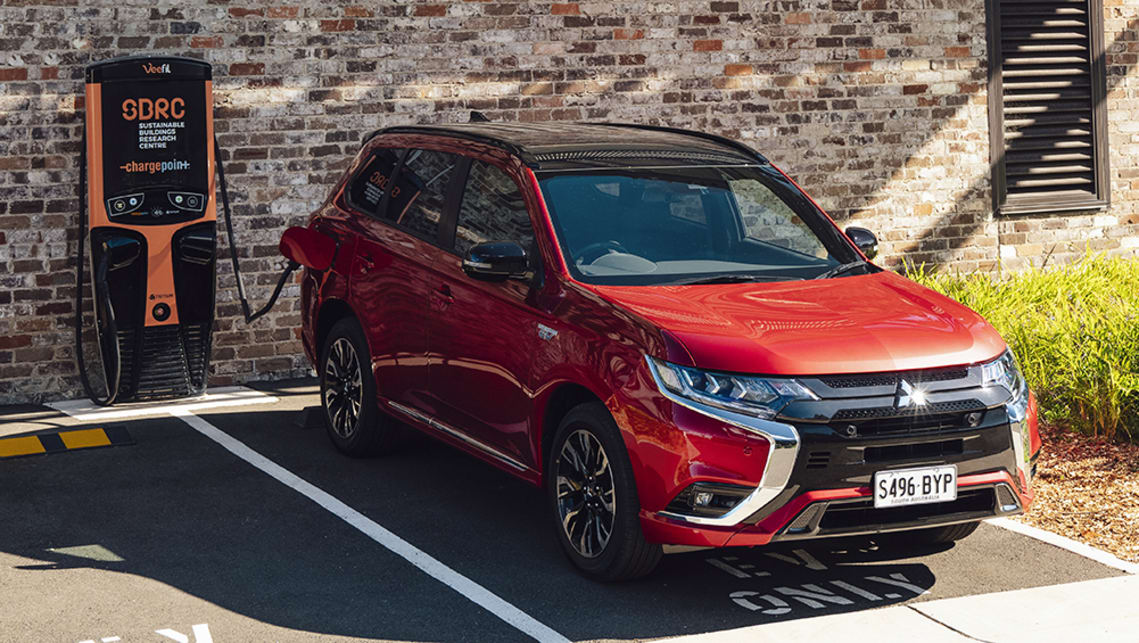 The Next-Gen 2021 Mitsubishi Outlander Is Coming Out Later
