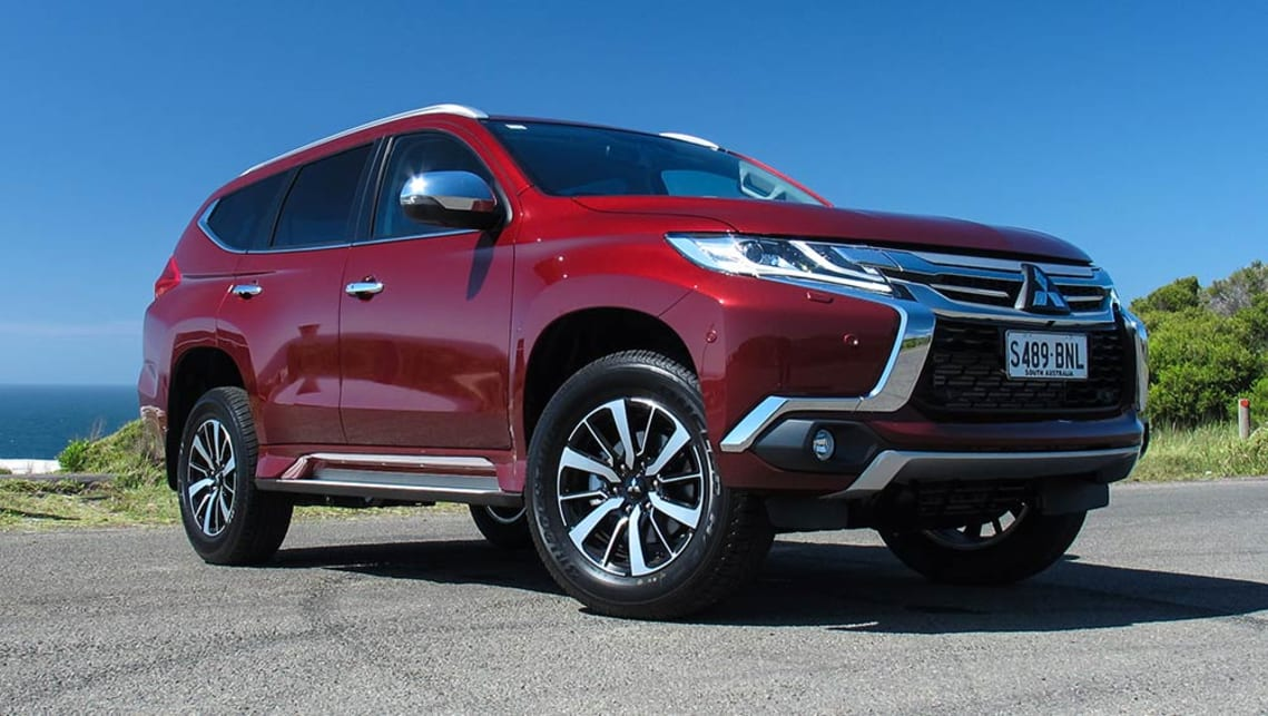 Mitsubishi Pajero Sport Exceed 7 seat 2017 review | CarsGuide