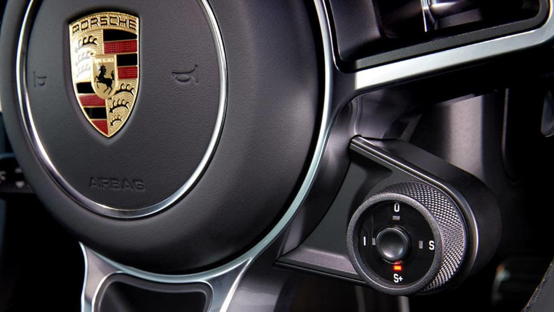 "2016 Porsche 911 Carrera S ""response"" button"