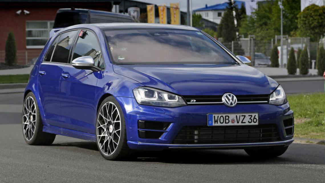Golf R 400 >> Vw Golf R400 Spied Testing Car News Carsguide