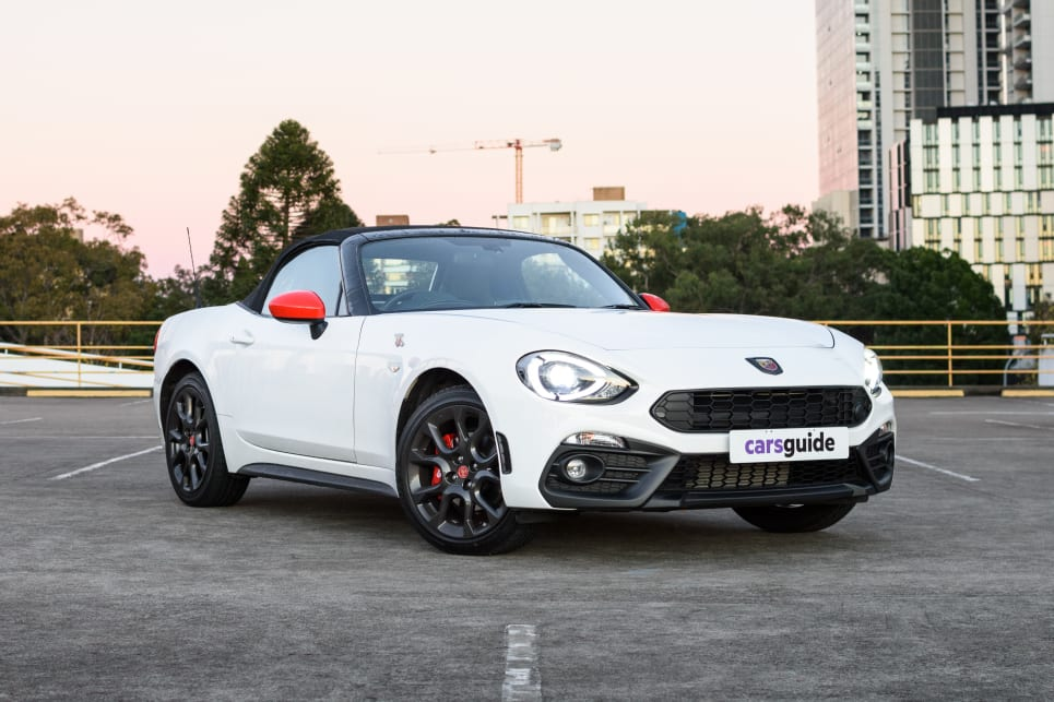 Fiat 124 Spider Abarth >> Abarth 124 Spider 2019 Review Carsguide