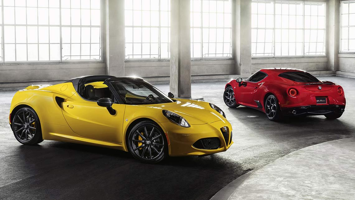Alfa Romeo 4C Spider alongside its hardtop sibling.