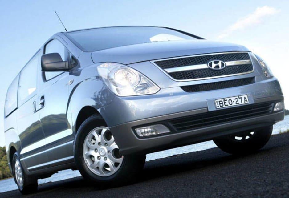 Hyundai iMax 2009 Review | CarsGuide