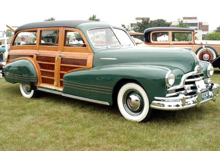 1947 Pontiac Streamliner Woody
